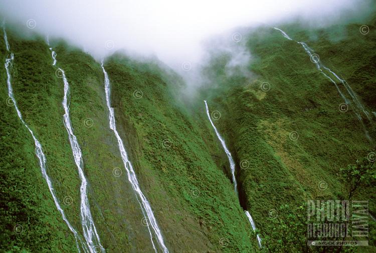 Waterfalls from Waialeale, Wailua River headwaters, east Kauai.