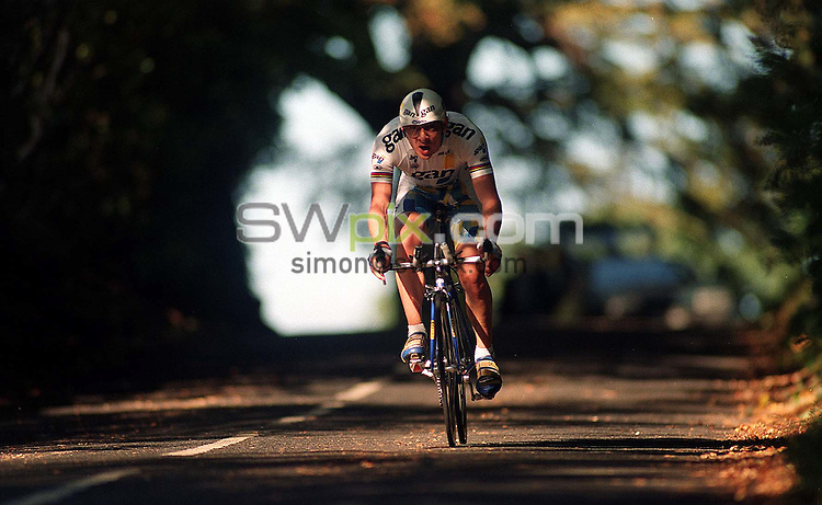 Pix: Michael Steele/SWpix.com. Cycling. Chris Boardman  1996...COPYWRIGHT PICTURE>>SIMON WILKINSON>>01943 436649>>..Cyclist Chris Boardman pictured in Cheshire in 1996.