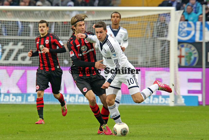 Julian Draxler (Schalke) gegen Martin Lanig (Eintracht) - Eintracht Frankfurt vs. FC Schalke 04, Commerzbank Arena