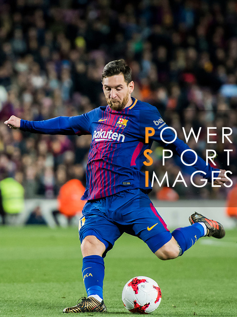 Lionel Andres Messi of FC Barcelona in action during the Copa Del Rey 2017-18 Round of 16 (2nd leg) match between FC Barcelona and RC Celta de Vigo at Camp Nou on 11 January 2018 in Barcelona, Spain. Photo by Vicens Gimenez / Power Sport Images