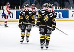 Stockholm 2014-01-08 Ishockey SHL AIK - Lule&aring; HF :  <br />  AIK:s Oscar Steen deppar med AIK:s Victor Ahlstr&ouml;m och AIK:s Oscar Ahlstr&ouml;m <br /> (Foto: Kenta J&ouml;nsson) Nyckelord:  depp besviken besvikelse sorg ledsen deppig nedst&auml;md uppgiven sad disappointment disappointed dejected
