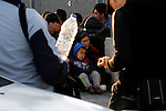 Hundrends migrants arrived  every day in the eastern Aegean island of Lesvos from the Turkish coast. Among them, children, women and even some who sustain injuries from the civil war in Syria.