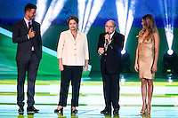 COSTA DO SAUIPE, BA, 06.12.2013 - COPA 2014 - SORTEIO FINAL DA COPA DO MUNDO 2014 - (E/D) - Rodrigo Hilbert, Dilma Rousseff, Joseph Blatter e Fernanda Lima durante o sorteio Final da Copa do Mundo de 2014 na Costa do Sauipe litoral norte da Bahia, nesta sexta-feira, 06. (Foto: William Volcov / Brazil Photo Press).
