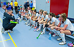 SCHIEDAM - NK reserveteams zaalhockey. Finale Tilburg D2-HDM D2 (1-3) . teambespreking  van Tilburg.    COPYRIGHT KOEN SUYK