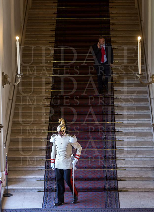 Un corazziere al Quirinale, Roma, 30 luglio 2015.<br /> A cuirassier, guard of the Italian President, at the Quirinale presidential palace, Rome, 30 July 2015.<br /> UPDATE IMAGES PRESS/Riccardo De Luca