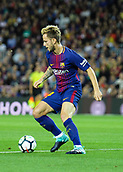 9th September 2017, Camp Nou, Barcelona, Spain; La Liga football, Barcelona versus Espanyol; Rakitic cuts the ball back inside