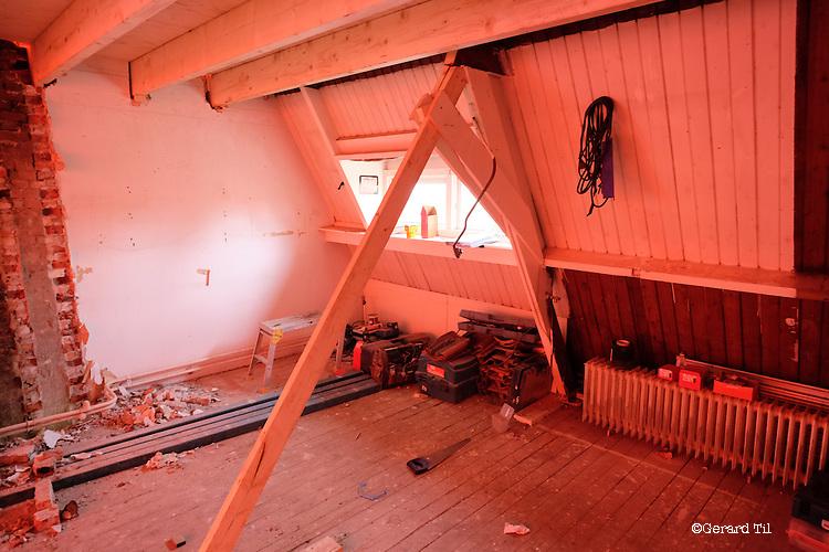 Nederland, Utrecht, 08-08-2014 Renovatie,verbouwing Foto: Gerard Til