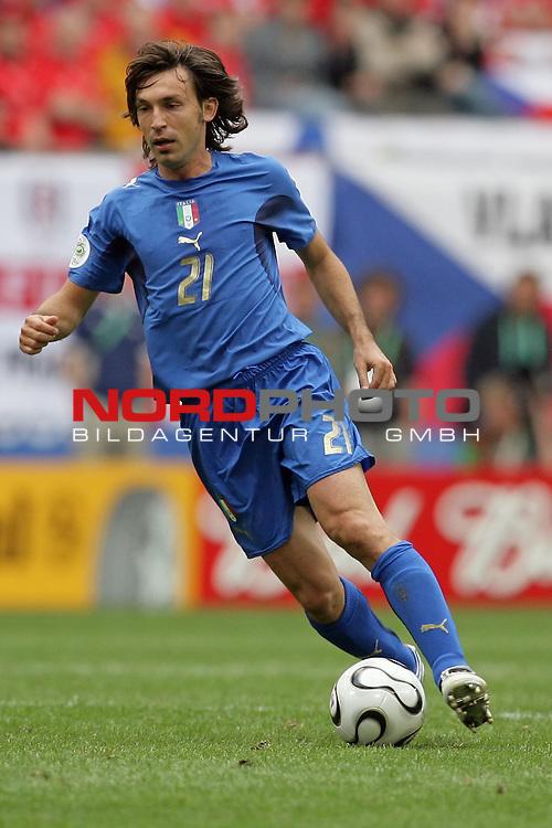 FIFA WM 2006 -  Gruppe E Vorrunde ( Group E )<br /> Play   #41 (22-Jun) - Tschechien - Italien 0:2<br /> <br /> Andrea Pirlo<br /> <br /> Foto &copy; nordphoto