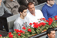Spanish journalist Manu Carreno with his son during Madrid Open Tennis 2016 Semifinal match.May, 7, 2016.(ALTERPHOTOS/Acero) /NortePhoto.com