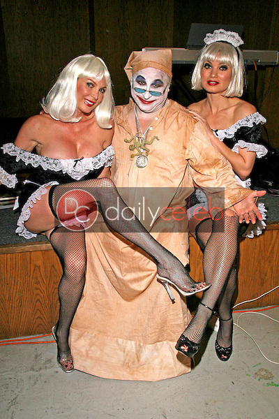 Shelley Michelle with Count Smokula and Rena Riffel<br />