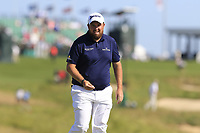 Shane Lowry (IRL) at the 17th green during Thursday's Round 1 of the 118th U.S. Open Championship 2018, held at Shinnecock Hills Club, Southampton, New Jersey, USA. 14th June 2018.<br /> Picture: Eoin Clarke | Golffile<br /> <br /> <br /> All photos usage must carry mandatory copyright credit (&copy; Golffile | Eoin Clarke)