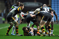Joe Launchbury of Wasps presents the ball. European Rugby Champions Cup match, between Wasps and Bath Rugby on December 13, 2015 at the Ricoh Arena in Coventry, England. Photo by: Patrick Khachfe / Onside Images