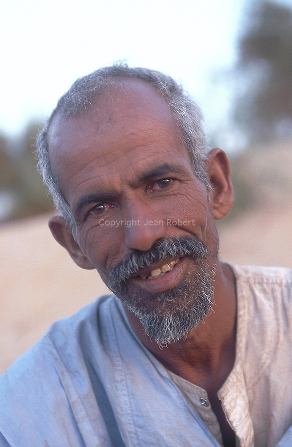 Portrait de mohamed, le chamelier. Mauritanie. AfriqueMohamed, the camel driver. Mauritania. Africa