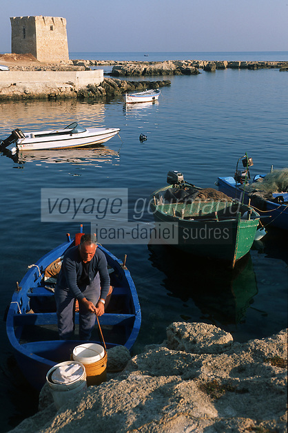 Europe/Italie/La Pouille/Polignano A Mare: Sur le port