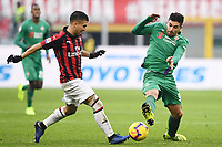 Jose Mauri of AC Milan and Giovanni Simeone of Fiorentina compete for the ball during the Serie A 2018/2019 football match between AC Milan and ACF Fiorentina at stadio Giuseppe Meazza in San Siro, Milano, December 22, 2018 <br />  Foto Matteo Gribaudi / Insidefoto