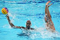 BARRANQUILLA - COLOMBIA, 26-07-2018: THOMAS Kris N. (Trinidad y Tobago) y PERALTA Jose A. (Cuba) durante su participación en la polo acuático masculino como parte de los Juegos Centroamericanos y del Caribe Barranquilla 2018. /  THOMAS Kris N. (Trinidad y Tobago) y PERALTA Jose A. (Cuba) during his participation in men's waterpolo of the Central American and Caribbean Sports Games Barranquilla 2018. Photo: VizzorImage / Alfonso Cervantes / Cont