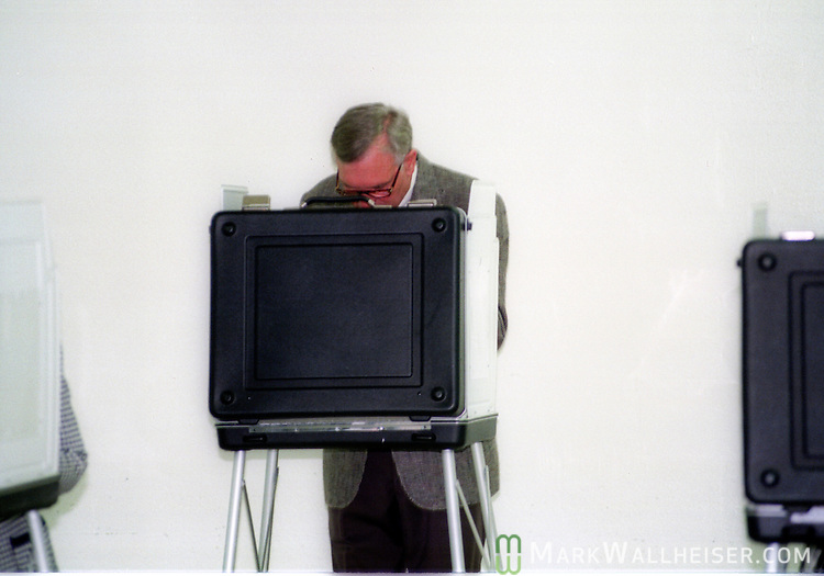 First term Florida Governor Lawton Chiles votes on election day November 8, 1994.  Chiles won reelection for a second term.