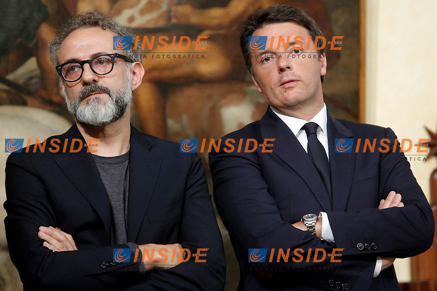 Massimo Bottura e Matteo Renzi<br /> Roma 20-06-2016 Palazzo Chigi. Conferenza stampa dopo l'incontro del premier con lo chef il cui ristorante di Modena &egrave; stato indicato come il migliore del mondo nel 2016 secondo &ldquo;The World's 50 Best Restaurants&rdquo;.<br /> Rome 20th June 2016. Press conference after the meeting with the chef whose restaurant was nominated the best in the world by 'The World's 50 Best Restaurants'.<br /> Photo Samantha Zucchi Insidefoto