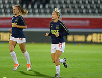 20181005 - LEUVEN , BELGIUM : Swiss Lara Dickenmann (r) pictured during warming up prior to the female soccer game between the Belgian Red Flames and Switzerland , the first leg in the semi finals play offs for qualification for the World Championship in France 2019, Friday 5 th october 2018 at OHL Stadion Den Dreef in Leuven , Belgium. PHOTO SPORTPIX.BE   DAVID CATRY
