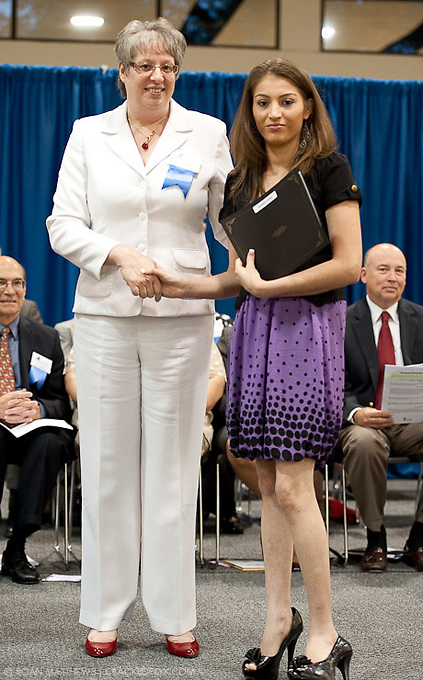 Sue Luther presents Prosperity Bank Award to Teresa Cervantes at the 2011 Aldine Scholarship Foundation Scholarship Ceremony at Lone Star College - North Harris.