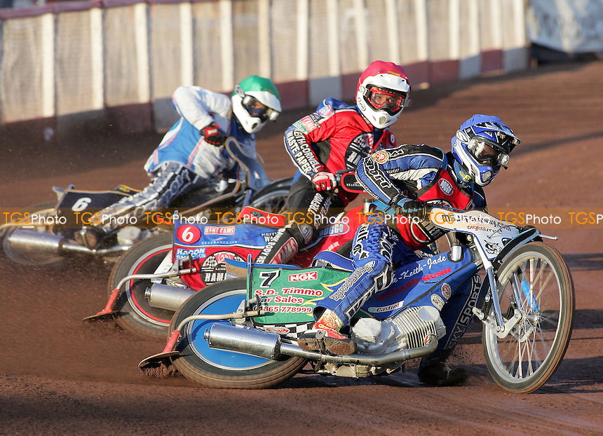 Heat 2 - Tomicek (blue), Hurry, Smith - Lakeside Hammers vs Reading Bulldogs - Elite League Speedway at Arena Essex - 20/06/07 - MANDATORY CREDIT: Gavin Ellis/TGSPHOTO - SELF-BILLING APPLIES WHERE APPROPRIATE. NO UNPAID USE -  Tel: 0845 0946026