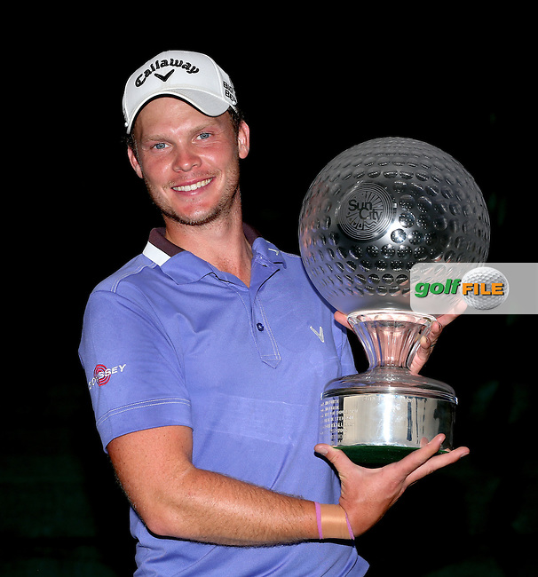 DANNY WILLETT (ENG) wins the Final Round of the 2014 Nedbank Golf Challenge at the Gary Player Country Club, Sun City Resort, South Africa. Picture:  David Lloyd / www.golffile.ie