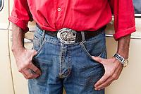 Monte Belo_MG, Brasil...Detalhe da vestimenta de um homem morador de Monte Belo...Detail of a man clothes, He lives in Monte Belo...Foto: LEO DRUMOND / NITRO