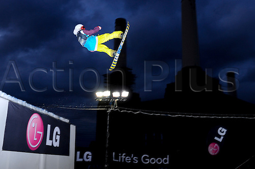 29.10.2011 London, England. in action during the Final of the LG Snowboard FIS World Cup 2012 Men's Big Air at the Relentless Energy Drink Freeze Festival at Battersea Power Station. Mandatory credit: ActionPlus