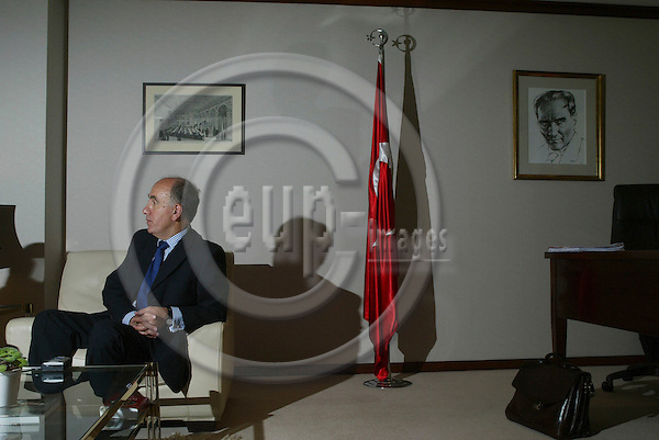 BRUSSELS - BELGIUM - 16 SEPTEMBER 2005 -- Oguz DEMIRALP, Turkey's Ambassador to the EU.   PHOTO: ERIK LUNTANG / EUP-IMAGES..