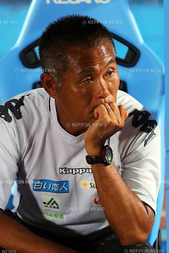 Nobuhiro Ishizaki Head Coach (Consadole), .September 29, 2012 - Football / Soccer : .2012 J.LEAGUE Division 1, 27th Sec .match between Kawasaki Frontale 1-0 Consadole Sapporo .at Kawasaki Todoroki Stadium, Kanagawa, Japan. .(Photo by Daiju Kitamura/AFLO SPORT) [1045]