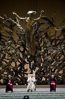 Papa Francesco durante una udienza nell'Aula Paolo VI