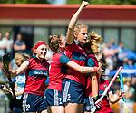 NIJMEGEN -   Gitte Michels (Huizen) scoort  tijdens  de tweede play-off wedstrijd dames, Nijmegen-Huizen (1-4), voor promotie naar de hoofdklasse.. Huizen promoveert naar de hoofdklasse. links.Grace Huberts (Huizen) . .  COPYRIGHT KOEN SUYK