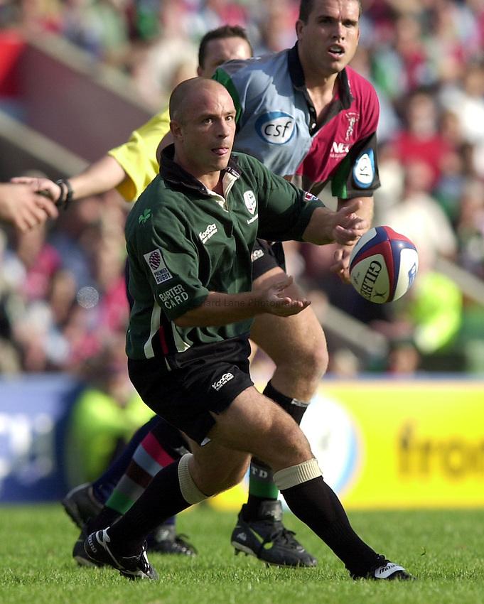 Photo. Richard Lane.NEC Harlequins v London Irish. Zurich Premiership. 21-09-2002.Mark Mapletoft