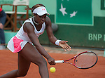 Sloane Stephens (USA) defeats Mathilde Johansson (FRA) 6-3, 6-2