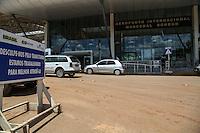 VARZEA GRANDE, MT, 19.11.2013 - AEROPORTO MARECHAL RONDON - Movimentacao no Aeroporto Internacional Marechal Rondon, principal aeroporto do estado do Mato Grosso está situado na cidade de Várzea Grande, distante oito quilômetros do Centro de Cuiabá, a capital do estado.   nesta terca-feira, 19. (Foto: Vanessa Carvalho / Brazil Photo Press).