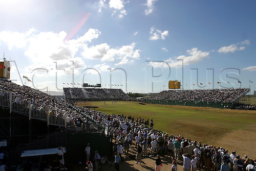 July 20, 2003: General view of the 18th Green with packed grandstands, Royal St George's Golf Club Photo: Neil Tingle/Action Plus...British 2003 venue courses course venues 030720 crowd gallery spectators stands crowds golfing