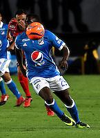 BOGOTA - COLOMBIA - 05 - 02 - 2017: Eliecer Quiñonez, jugador de Millonarios, en acción, durante partido de la fecha 1 entre Millonarios y Deportivo Independiente Medellin, de la Liga Aguila I-2017, jugado en el estadio Nemesio Camacho El Campin de la ciudad de Bogota.  / Eliecer Quiñonez, player of Millonarios in action during a match between Millonarios and Deportivo Independiente Medellin, for the date 1 of the Liga Aguila I-201/ at the Nemesio Camacho El Campin Stadium in Bogota city, Photo: VizzorImage / Luis Ramirez / Staff.