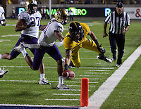 November 2nd, 2012: California Football vs Washington Huskies at Memorial Stadium, Berkeley, Ca Washington defeated California 21 -13November 2nd, 2012: California's Chris Harper avoids being tackled by Washington's Marcus Peters and Chris Harper dives for a touchdown during a game against Washington at Memorial Stadium, Berkeley, Ca Washington defeated California 21 -13