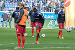 03.11.2018, Schauinsland-Reisen-Arena, Duisburg, GER, 2. FBL, MSV Duisburg vs. SC Paderborn 07, DFL regulations prohibit any use of photographs as image sequences and/or quasi-video<br /> <br /> im Bild die Mannschaft von Paderborn beim Aufwaermen<br /> <br /> Foto © nordphoto/Mauelshagen