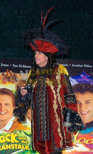 HENRY WINLKLER.The Christmas Pantomime press launch & photocall, Piccadilly Theatre, London, UK..London, UK.November 23rd, 2006.half length costume captain hook red coat jacket wig microphone hat feathers.CAP/CAN.©Can Nguyen/Capital Pictures