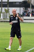 SANTOS, SP, 18.08.2015 - FUTEBOL- SANTOS – Dorival Junior, treinador do Santos durante sessão de treinamento no Centro de Treinamento Rei Pelé nesta terça-feira, 18. (Foto: Flavio Hopp/Brazil Photo Press)