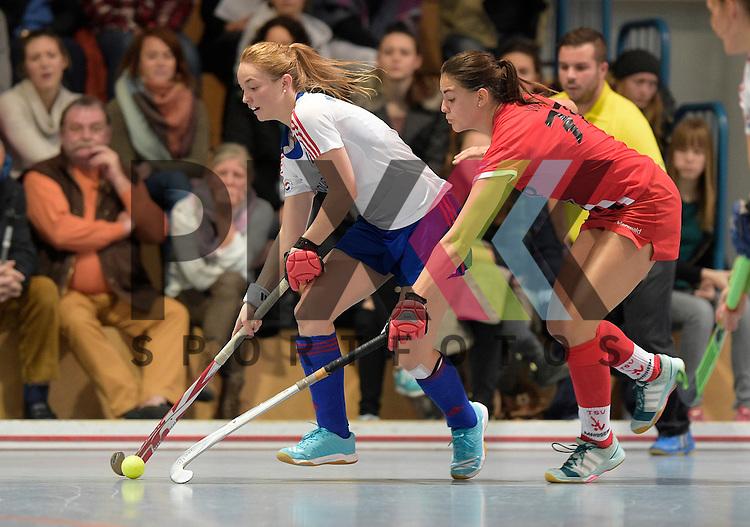 GER - Mannheim, Germany, December 05: During the 1. Bundesliga Sued Damen indoor hockey match between Mannheimer HC (white) and TSV Mannheim (red) on December 5, 2015 at Irma-Roechling-Halle in Mannheim, Germany. Final score 7-1 (HT 5-0).  Sophia Willig #9 of Mannheimer HC, Miriam Vogt #77 of TSV Mannheim<br /> <br /> Foto &copy; PIX-Sportfotos *** Foto ist honorarpflichtig! *** Auf Anfrage in hoeherer Qualitaet/Aufloesung. Belegexemplar erbeten. Veroeffentlichung ausschliesslich fuer journalistisch-publizistische Zwecke. For editorial use only.