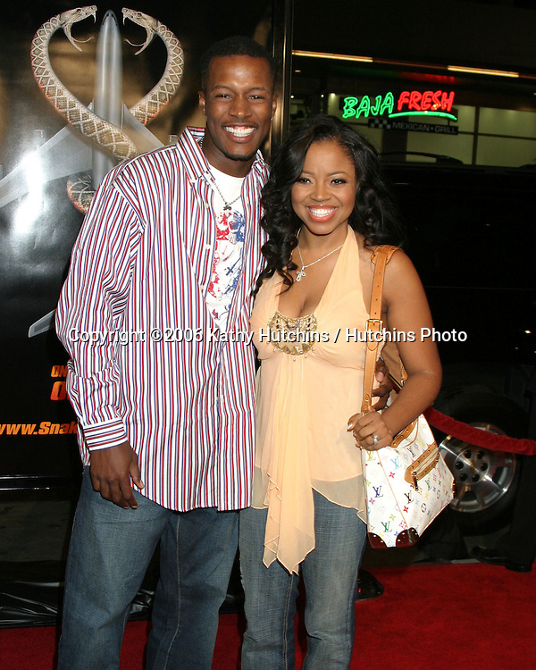 "Flex Alexander & Wife Shanice.""Snakes on a Plane"" Premiere.Grauman's Chinese Theater. Hollywood, CA.August 17, 2006.©2006 Kathy Hutchins / Hutchins Photo.."