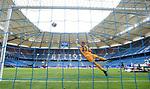 0:2 Tor, v.l. Torwart Julian Pollersbeck (HSV), Torschuetze Kevin Behrens (Sandhausen), Rick van Drongelen, Volksparkstadion<br />Hamburg, 28.06.2020, Fussball 2. Bundesliga, Hamburger SV - SV Sandhausen<br />Foto: Tim Groothuis/Witters/Pool//via nordphoto<br /> DFL REGULATIONS PROHIBIT ANY USE OF PHOTOGRAPHS AS IMAGE SEQUENCES AND OR QUASI VIDEO<br />EDITORIAL USE ONLY<br />NATIONAL AND INTERNATIONAL NEWS AGENCIES OUT