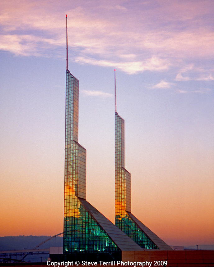 USA, Oregon, evening light on glass towers on top of the Oregon Convention Center located in Portland