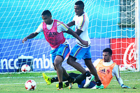BARRANQUILLA - COLOMBIA, 01-09-2017: Luis Murillo (Izq), William Tesillo y Camilo Vargas (Der) jugadores de la Selección Colombia durante entrenamiento en la cancha de la Universidad Autónoma de Barranquilla. Colombia se prepara para el próximo partido contra Brasil por la clasificación a la Copa Mundo FIFA 2018 Rusia. / Luis Murillo (L), William Tesillo y Camilo Vargas (R) players of Colombian soccer team during training session at Universidad Autonoma field in Barranquilla city. Colombian soccer team prepares the next match against  Brazil for the qualifier of the  2018 FIFA World Cup Russia. Photo: VizzorImage / Alfonso Cervantes / Cont