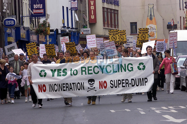 The No Incinerator protest as it walked along West Street..Picture Fran Caffrey Newsfile.