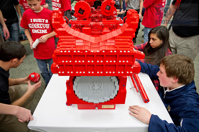 Jan. 28, 2013; Students from St. Matthew's School in South Bend work with Notre Dame College of Engineering students and engineers from Cummins to build a scale-model diesel engine from legos...Photo by Matt Cashore/University of Notre Dame