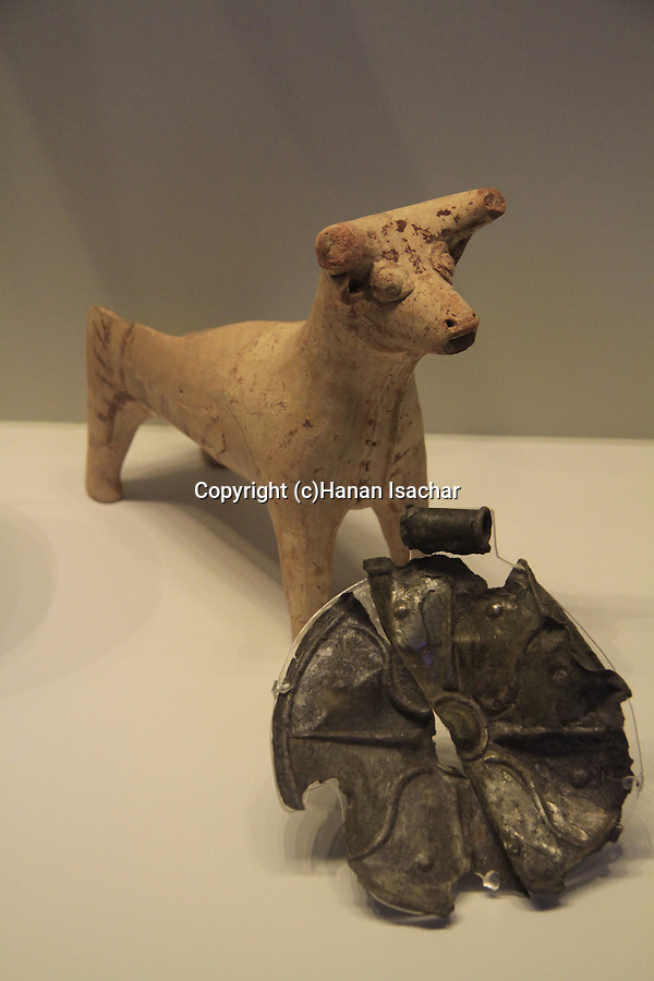 Israel, Jerusalem, bull shaped vessel and a medallion from Shiloh, 16th century BC, at the Israel Museum