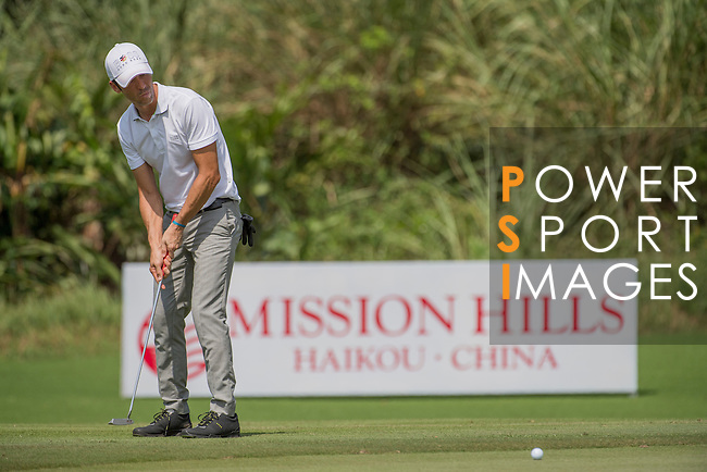 Luis Garcia plays during the World Celebrity Pro-Am 2016 Mission Hills China Golf Tournament on 23 October 2016, in Haikou, Hainan province, China. Photo by Weixiang Lim / Power Sport Images